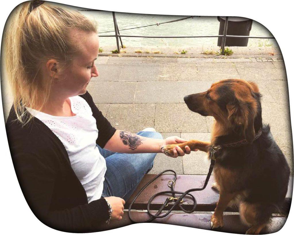 Alma und Anna Lisa Nelles - Therapiehunde-Team-50
